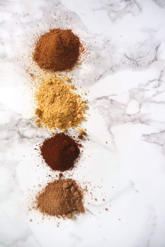 Die Gewuerze, die das Pumpkin Spice bilden
