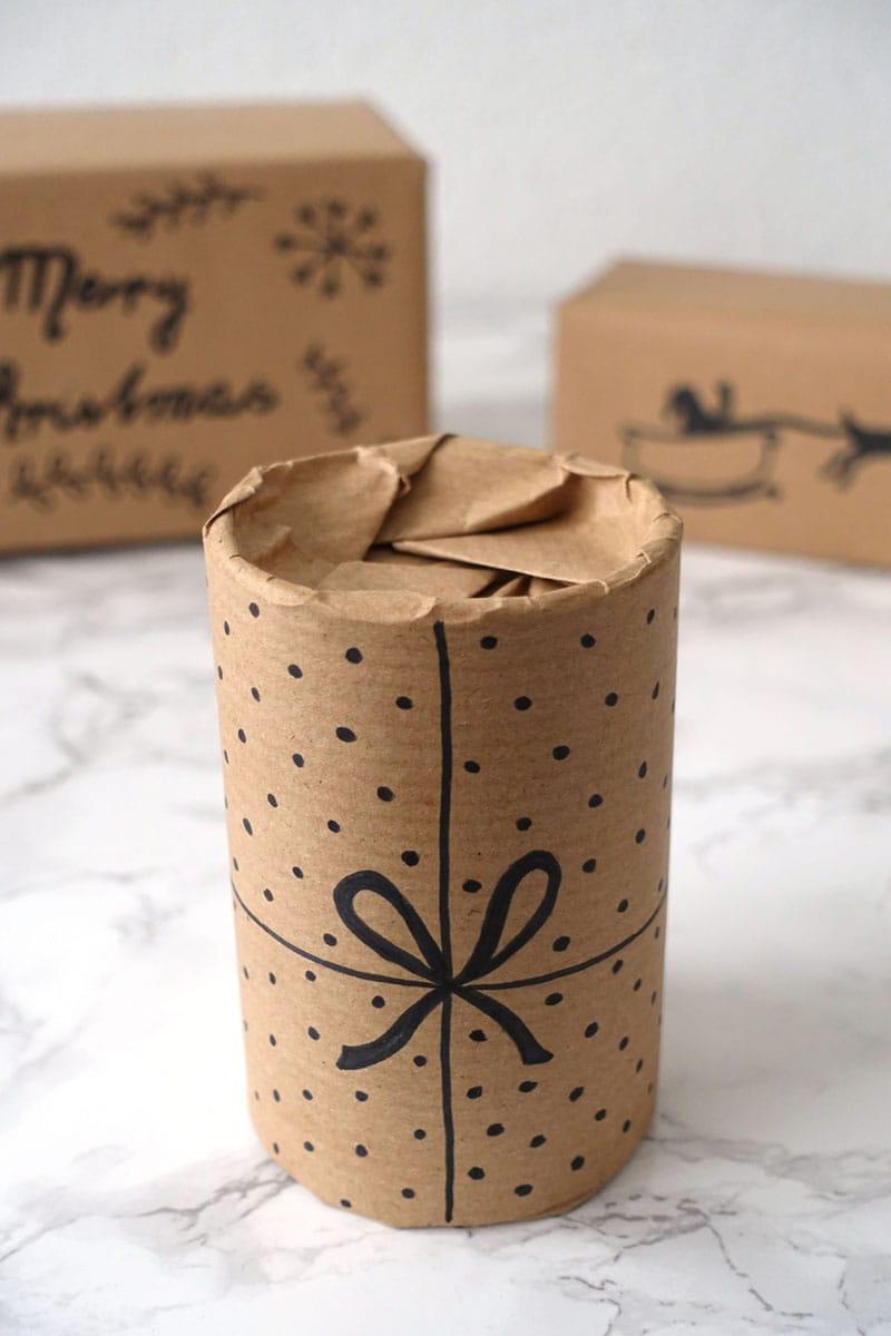 Bemalte Weihnachtsgeschenke