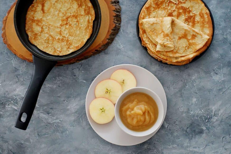 Dinkel-Omeletten mit Vanille Apfelmus Rezept zum Selber machen