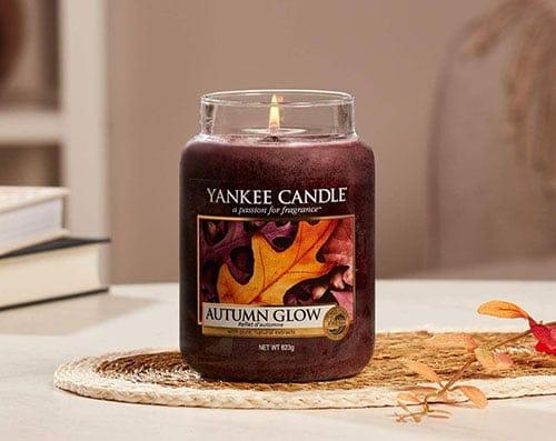Duftkerze mit Herbstduft und herbstlichen Aromen von Yankee Candle